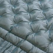 Bettüberwurf mit Daunen